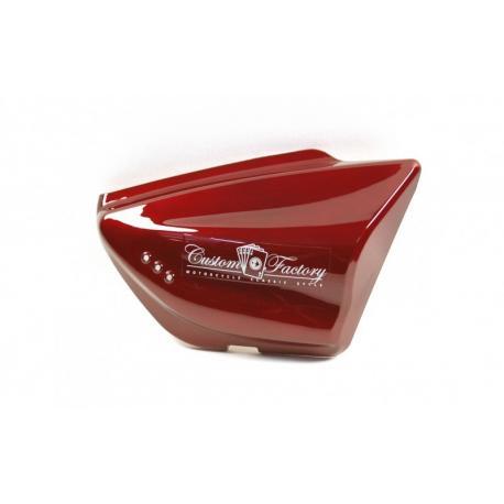 Obudowa boczna prawa czerwona do motocykla Classic 125